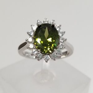 Sterling 3.5ct Natural Green Topaz Ring